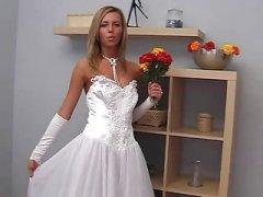 Russian reife Orsi anal auf dem Sofa gefickt