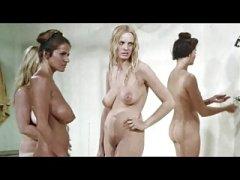 cremet piger brystkirtler